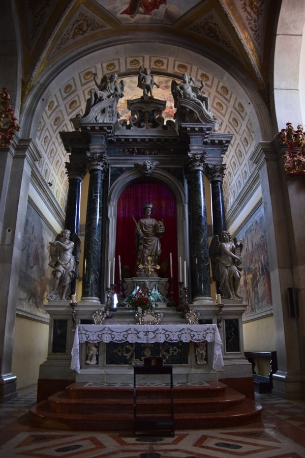 05_Seitenaltar-Kirche-St.-Euphemia-Rovinj-Istrien-Kroatien