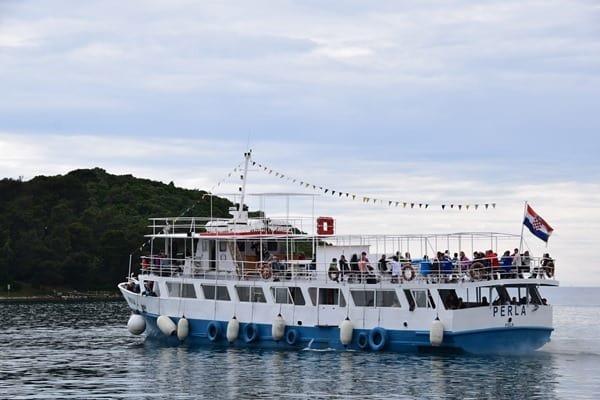 07_Ausflugsschiff-Hafen-Vrsar-Istrien-Koratien