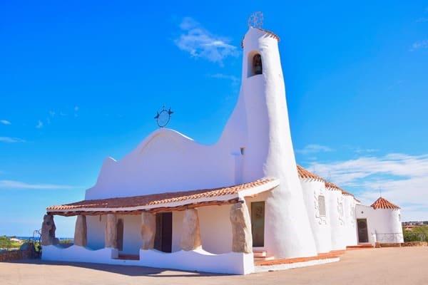 Porto Cervo Kirche Stella Maris Costa Smeralda Palau Sardinien Italien