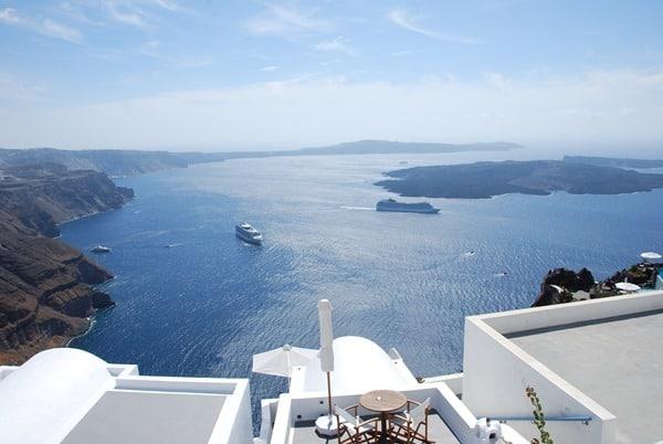 Aussicht Imerovigli Kreuzfahrtschiffe santorini urlaub kreuzfahrt sehenswürdigkeiten Kykladen Griechenland