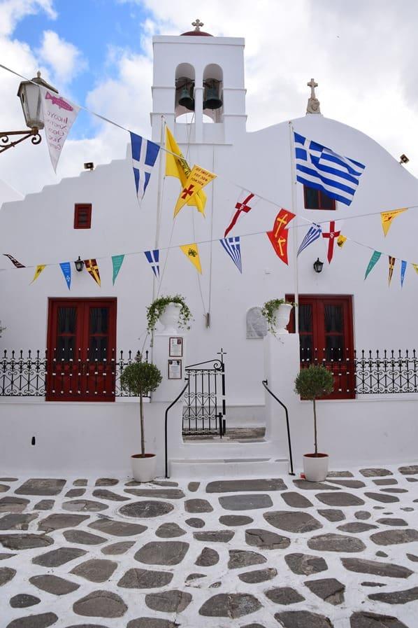 09_Kreuzfahrt-Mykonos-Stadt-Kirche-Griechenland