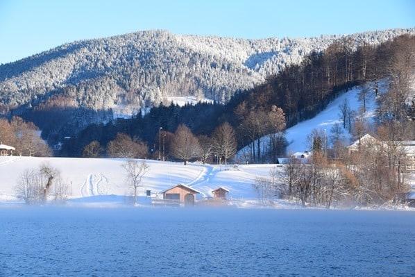 09_Sonnenaufgang-Winter-Nebel-Rottach-Egern-Tegernsee-Bayern-Deutschland