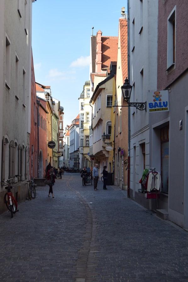 Städtereise Regensburg Shopping Gassen Altstadt Bayern Deutschland