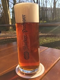 07_Märzen-Bier-Biergarten-Brauhaus-am-Schloss-Regensburg