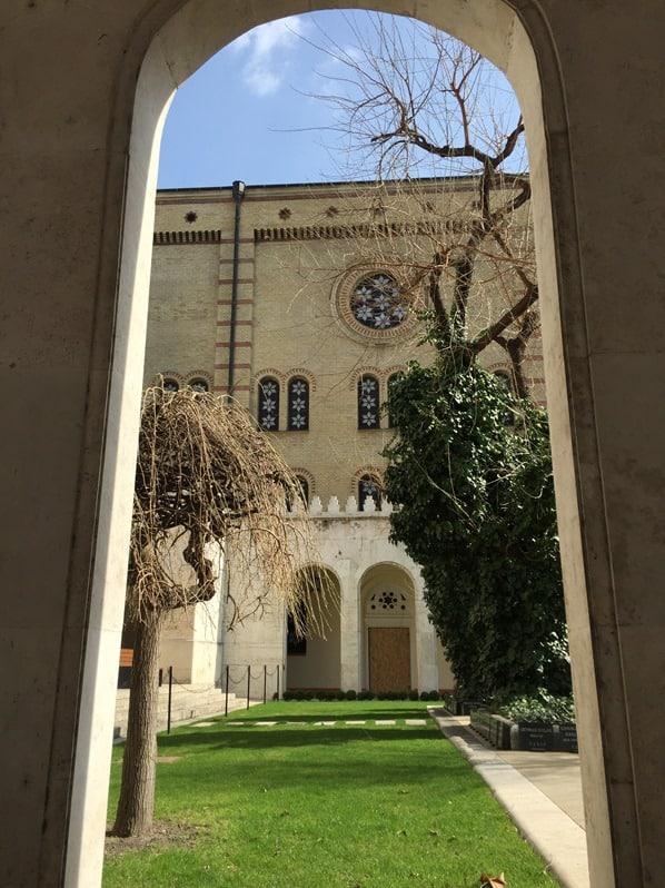 Grosse Synagoge der Dohanystrasse Budapest Ungarn Donaukreuzfahrt Flusskreuzfahrt Donau