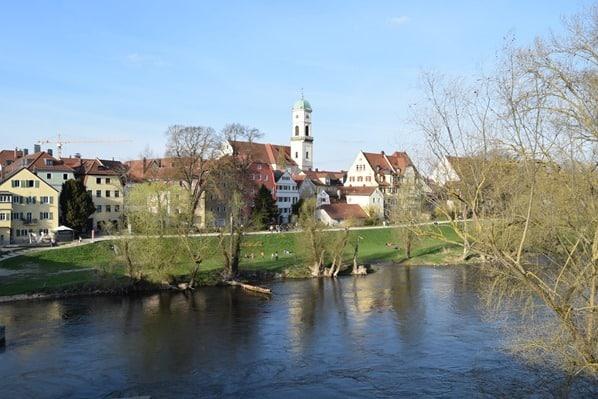 Regensburg Sehenswürdigkeiten anderes Donauufer Steinerne Brücke Stadtamhof