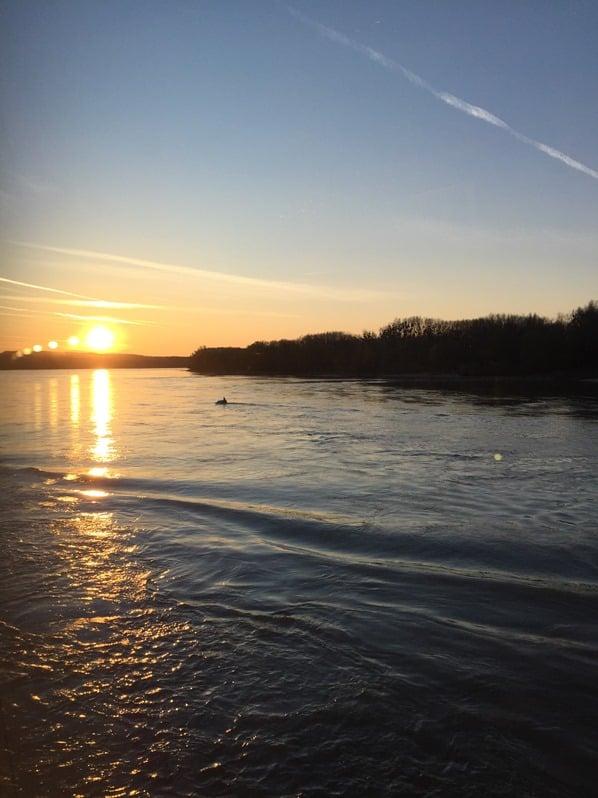 Sonnenuntergang Donau Kreuzfahrt Österreich Flusskreuzfahrt a-rosa bella schöne Zeit