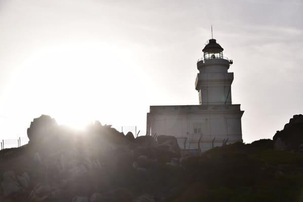 06_Leuchtturm-Sonnenuntergang-Capo-Testa-Sardinien-Italien