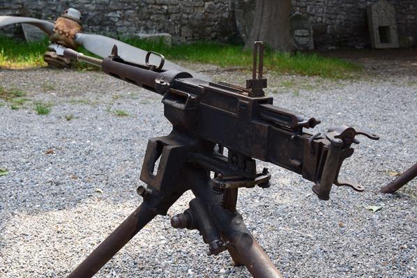 25_Maschinengewehr-Historisches-und-Maritimes-Museum-in-der-Fortress-in-Pula-Istrien-Kroatien