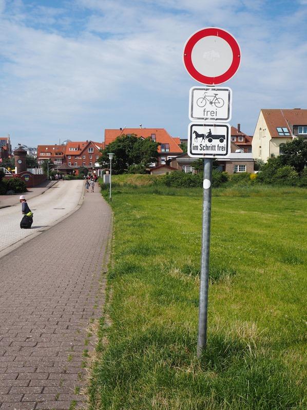 Autofreie-Insel-Juist-Ostfriesland-Nordsee-Deutschland