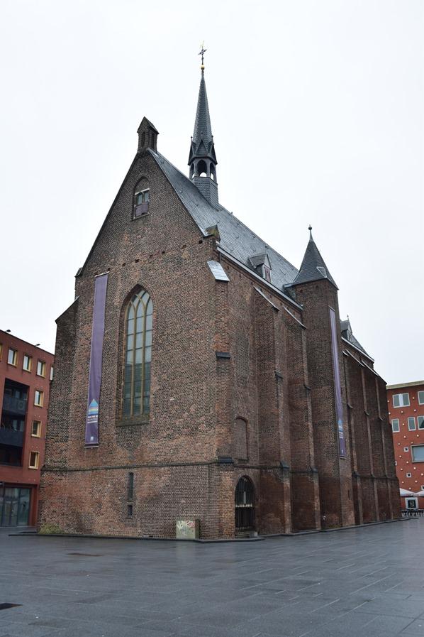 06_a-rosa-Flusskreuzfahrt-Rhein-Kirche-Marienburg-Nijmegen-Holland-Niederlande
