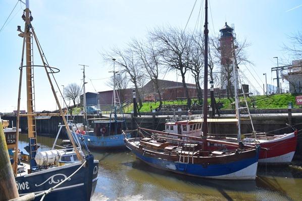 Nordsee Urlaub Hafen Büsum Leuchtturm Nordfriesland Schleswig-Holstein Deutschland