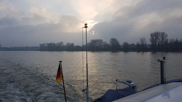 21_a-rosa-brava-Flusskreuzfahrt-Rhein-Kielwasser-Holland-Niederlande