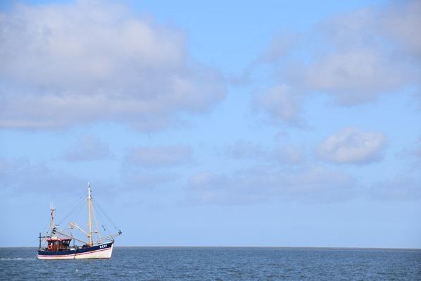 Schleswig Holstein Fischkutter bei Büsum Dithmarschen Nordsee Urlaub
