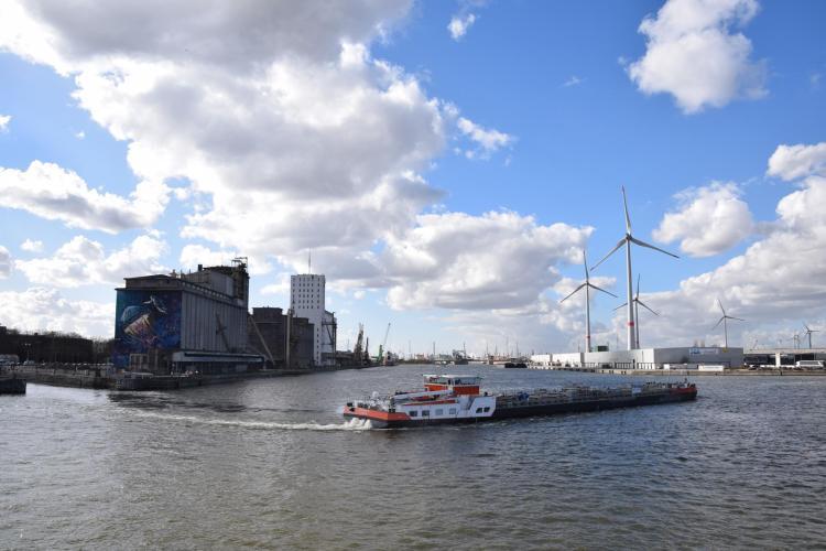 arosa flusskreuzfahrt rhein schelde hafen antwerpen belgien a-rosa aqua