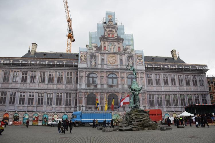 16 baustelle rathaus grote markt antwerpen belgien a rosa flusskreuzfahrt rhein