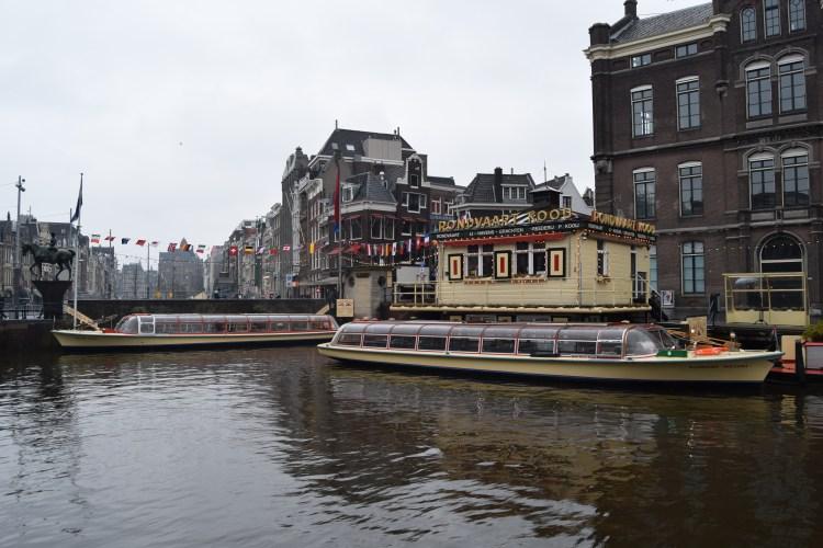 grachtenboote frans hals koningin maxima grachtenfahrt amsterdam sightseeing holland niederlande