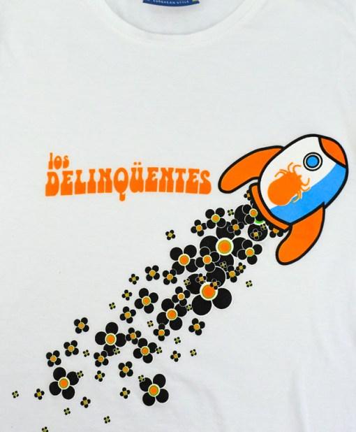 Camiseta-mujer-Los-Delinquentes-Telescopio-Blanca-detalle