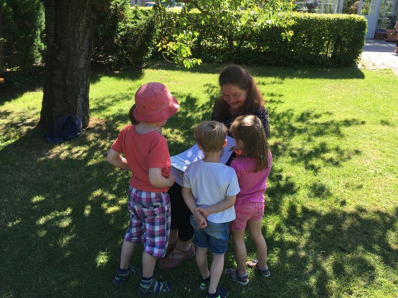 Botanische Anlage 2017 vier Kinder und icke