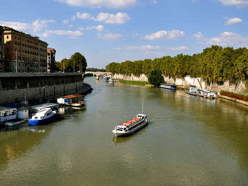 The Tiber River in Rome. Photo by Ferrell Jenkins.