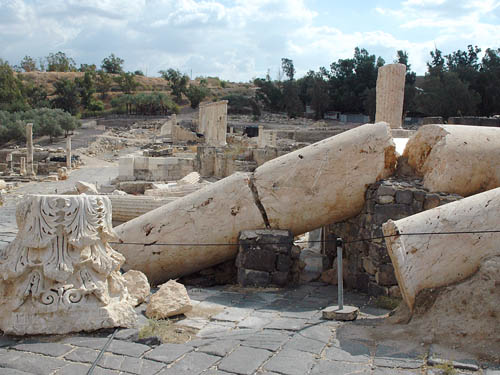 Earthquake damage at Beth-shean in the Jordan Valley. Photo by Ferrell Jenkins.