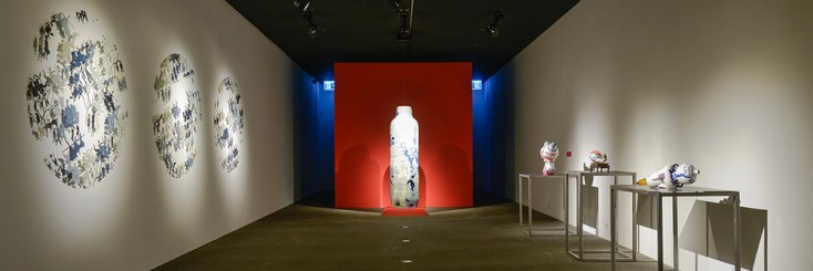 Bernadaud: My Blue China exhibition photo featuring work by Sin-ying Ho.