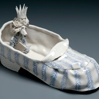 """Coille Hooven, """"Throne Home"""", 1987, porcelain, 4.75 x 8.5 x 3.5"""""""