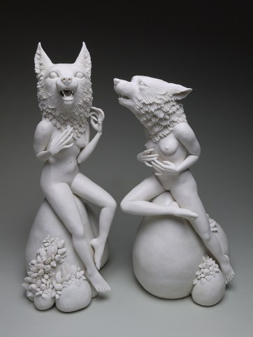 "Crystal Morey, ""Entangled Wonders: Across a Divide"" 20187, porcelain, 16 x 9 x 9""."