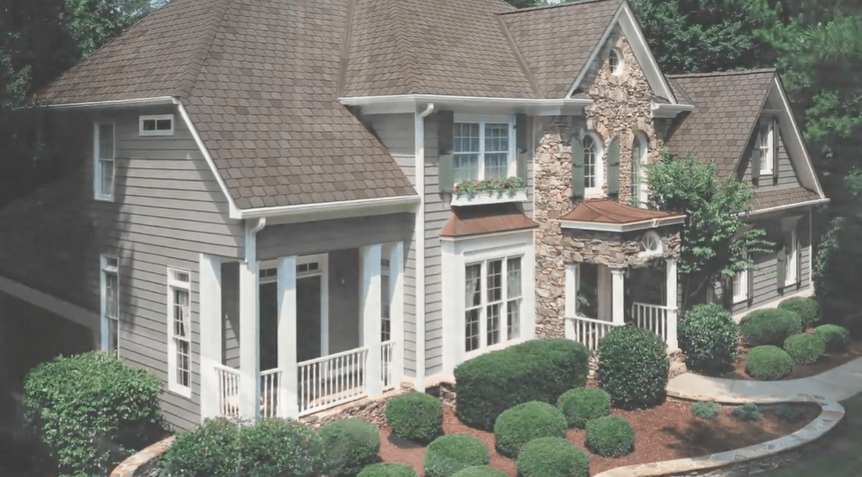 5 Reasons to Invest in New Roofing