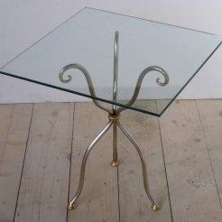 tavolo-in-ferro-battuto-cristallo