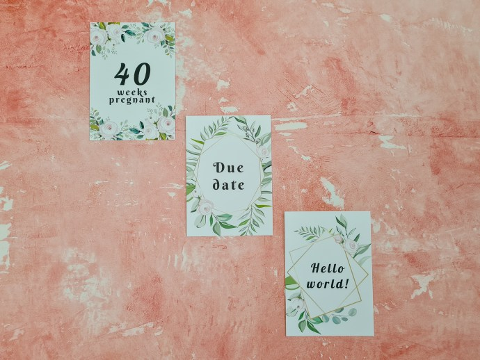 Pregnancy milestone cards - floral