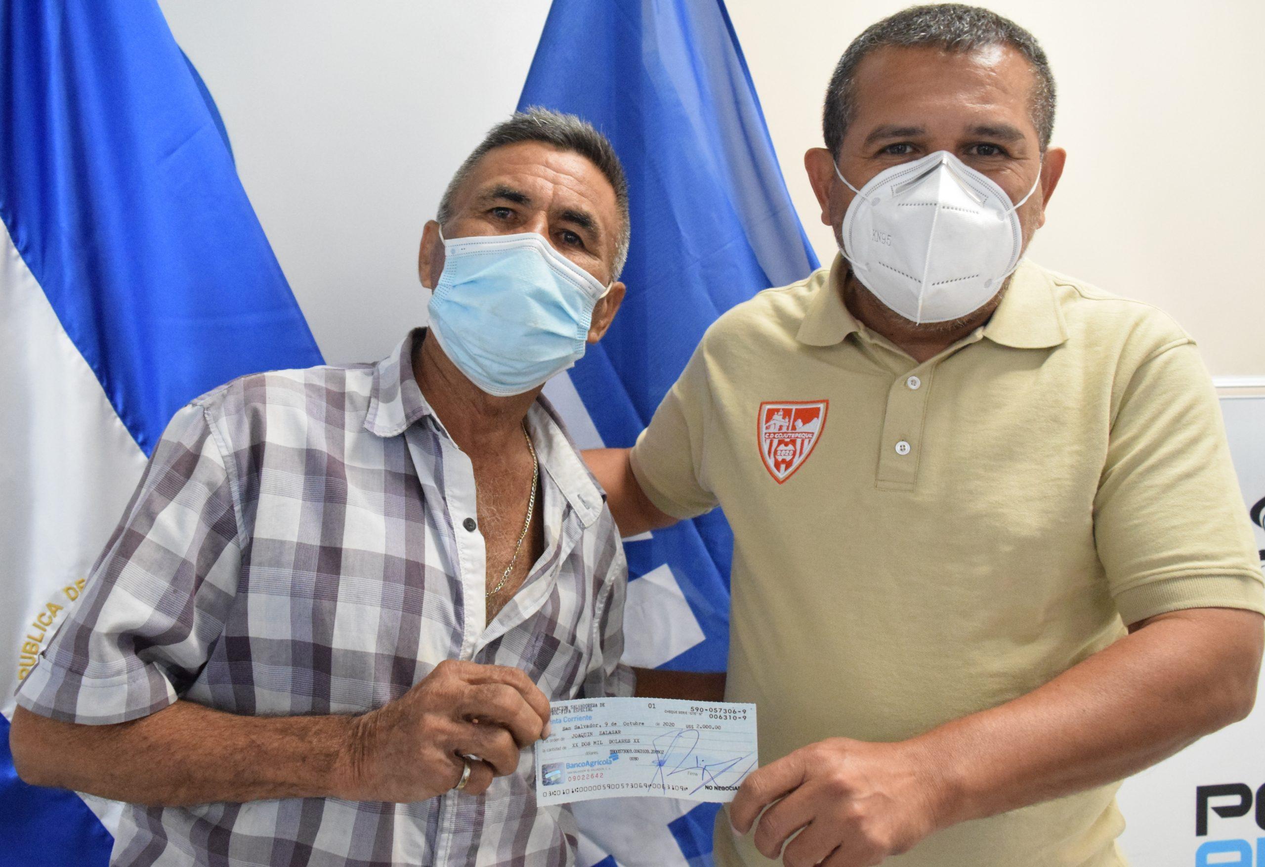 Señor Joaquín Salazar de Club Deportivo Fuerte San Isidro de Tacachico, La Libertad