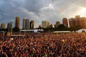 lollapalooza crowd