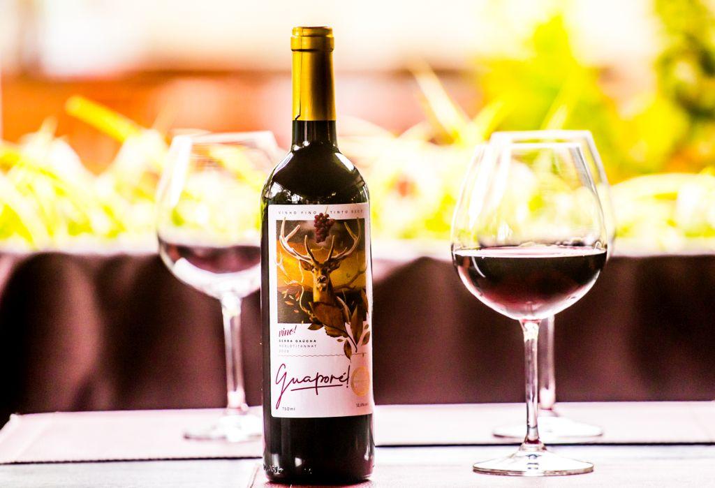 Vino! lança vinho com blend surpreendente de Tannat com Merlot