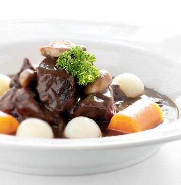 L'Épicerie promove jantar harmonizado com pratos clássicos e releituras da gastronomia francesa