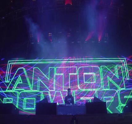 Anton Powers kicking things off at Steel Yard Liverpool