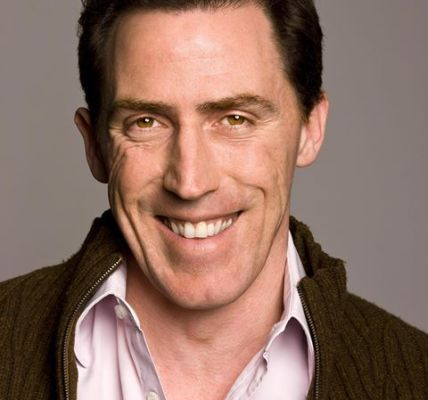 Don't miss our Saturday night special guest @RobBrydon  as he joins @curtisstige...