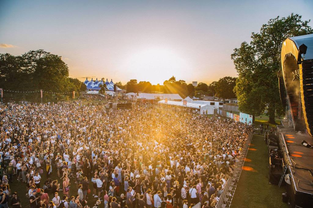 Golden hour at the Main Stage