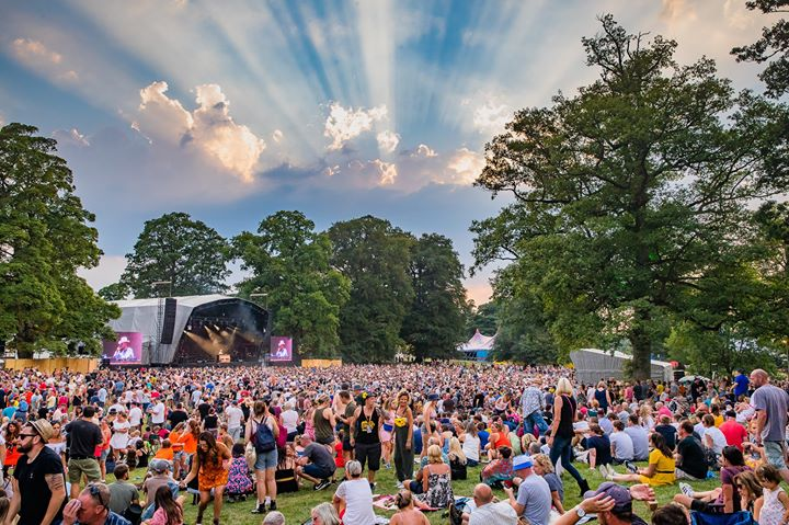 The sun is shining down on the glorious fields of Costa Del Kendal Calling and t...