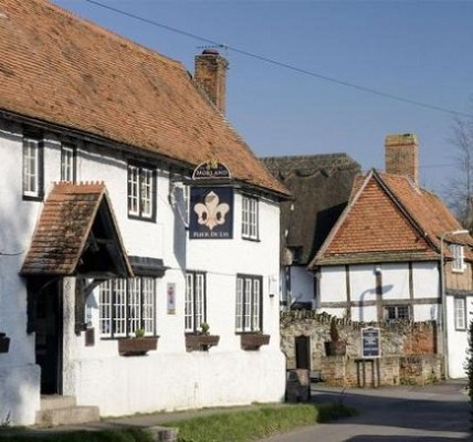 Fleur De Lys Didcot : Beautiful English Pub : Live music, Great Food