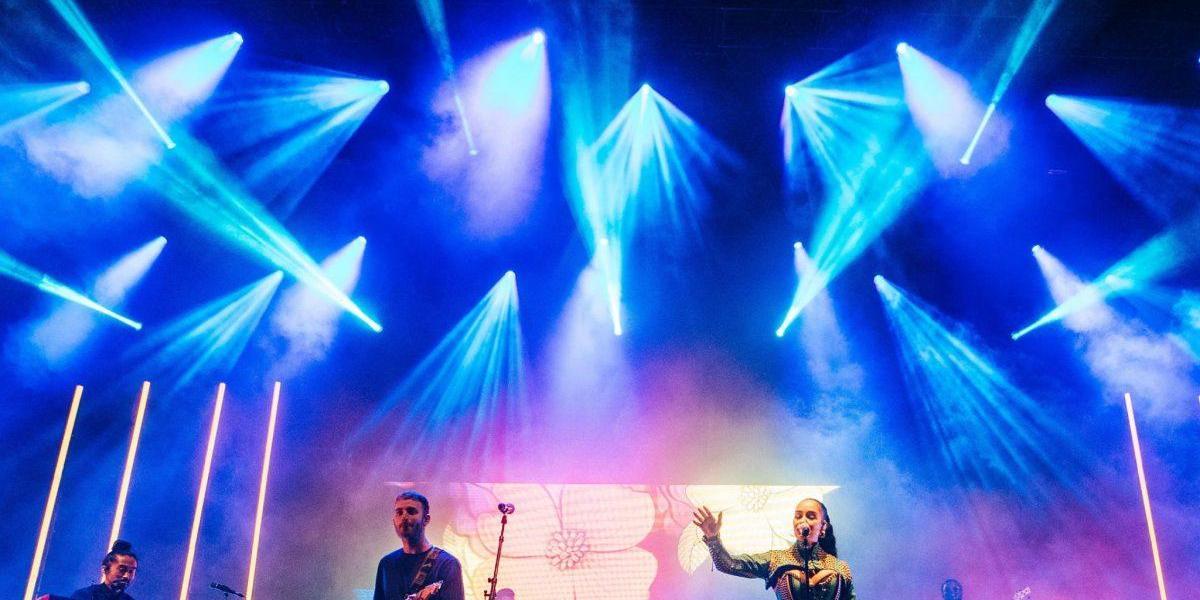 When Jorja Smith invited Tom Misch on stage at #FieldDayLondon...