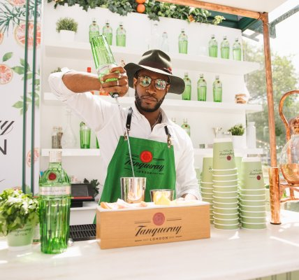Visit the House of Tanqueray No.Ten at Latitude for the ultimate sensory Head vs...