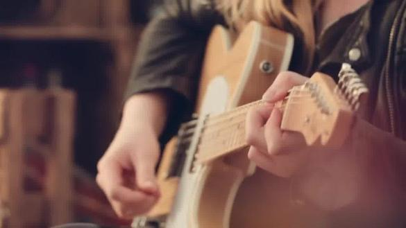 Joanne Shaw Taylor - Nothing Compares 2 U / #cheltjazzfest Henry Westons Session
