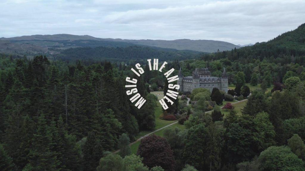 Sam Gellaitry at Inveraray Castle | Music Is The Answer
