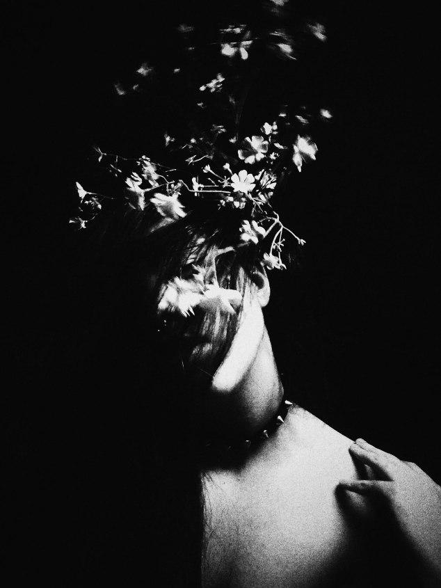 Llantos callados por flores