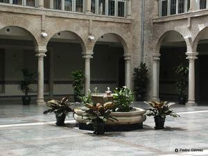 Cazorla. Patio del Ayuntamiento