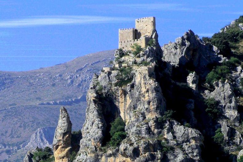 Castillo de Albanchez de Mágina. Fotografía: Junta de Andalucía.