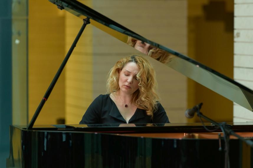Mădălina Pașol pianist concertist
