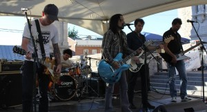 FMQ-20150619-06-ThePretendersHommage à Foo Fighters