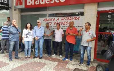 Ato contra o Bradesco denuncia demissões injustas em agência de JF